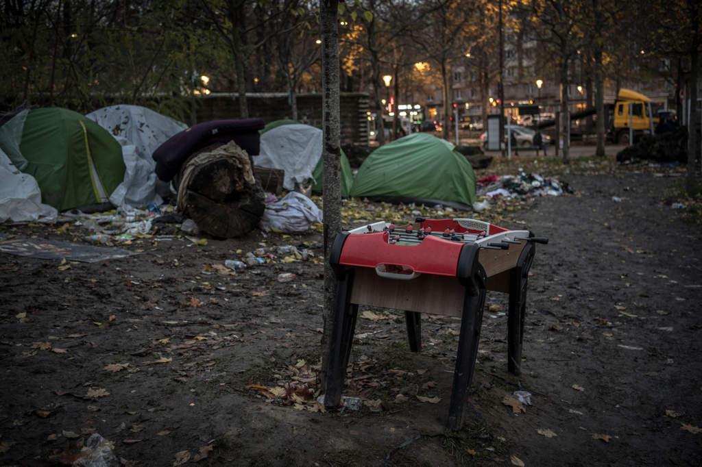 """""""Kylan går igenom allt"""", säger Fazel som bor i ett av tälten."""